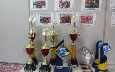 Divisão de Esporte expõe troféus conquistados em 2017