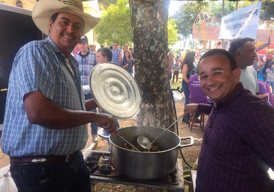 Tradicional Queima do Alho e o Encontro de Carreiros aconteceu em Santa Cruz da Prata